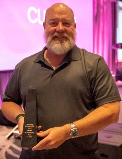 2021 Robert H. Mackay Leadership Award recipient 1st Community FCU: President/CEO Bill Nikolauk